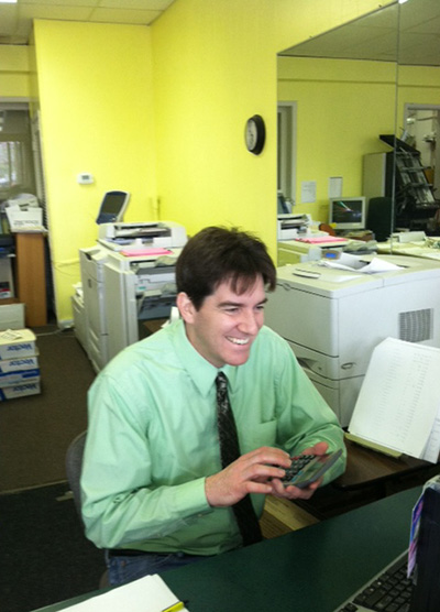 A Photo Of Paul Franke, A Graphic Artist And Printer Working At Moss Printing In Mission And Merriam, Kansas